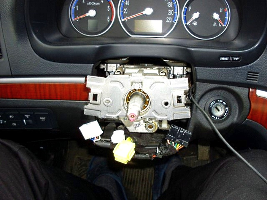 Как снять руль хендай санта фе хендай