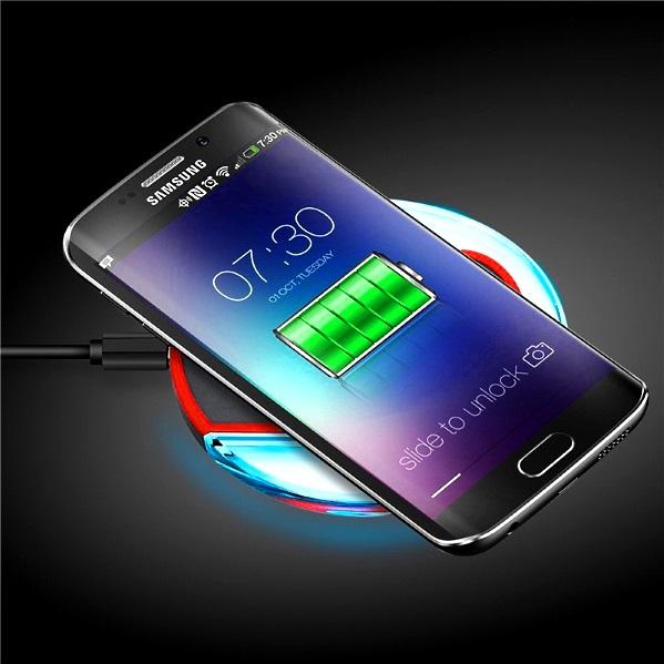 Как работает беспроводная зарядка смартфона