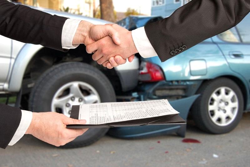 Как выгодно продать битый автомобиль