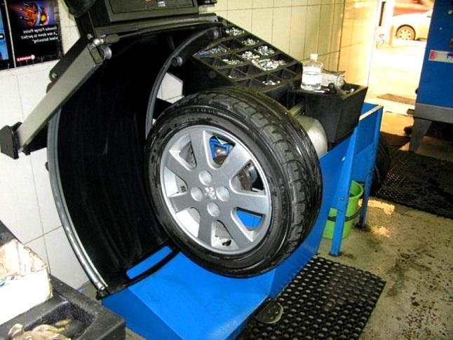 балансировка колес автомобиля что нужно знать