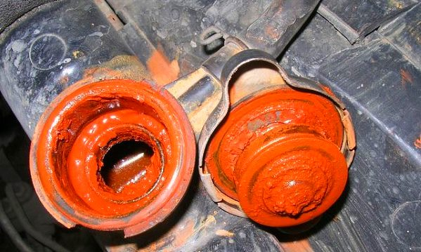 Чем промыть систему охлаждения двигателя от ржавчины