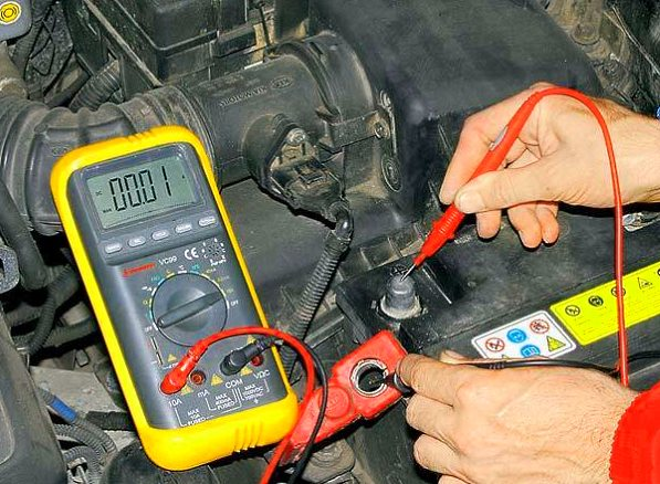 как проверить аккумулятор автомобиля
