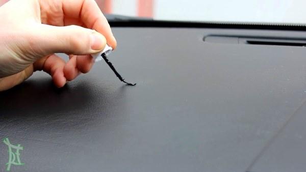 ремонт трещины панели автомобиля