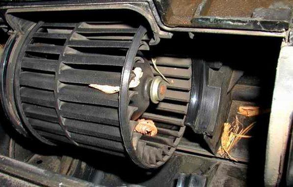 вентилятор печки автомобиля