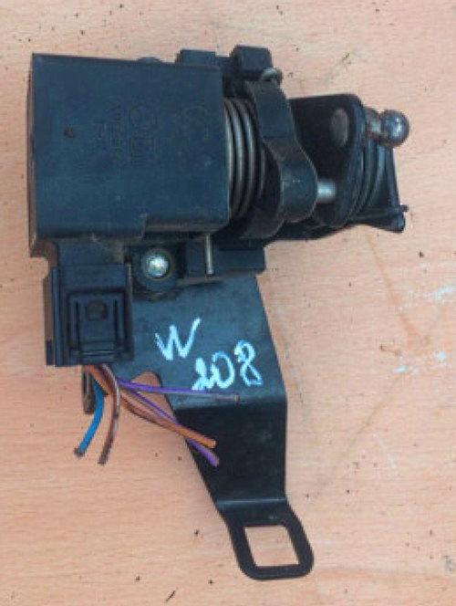 датчик положения педали акселератора (APP)