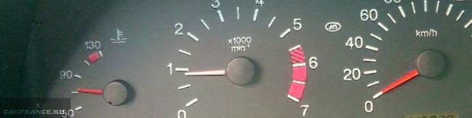 не показывает температуру двигателя