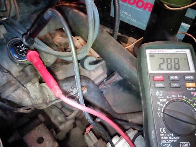 проверить датчик температуры охлаждающей жидкости мультиметром