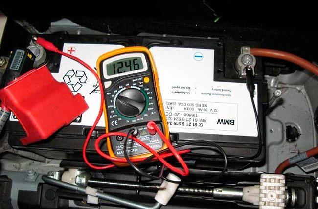 Измерение напряжения нагрузки системы зарядки