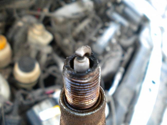 почему детонирует двигатель после выключения зажигания